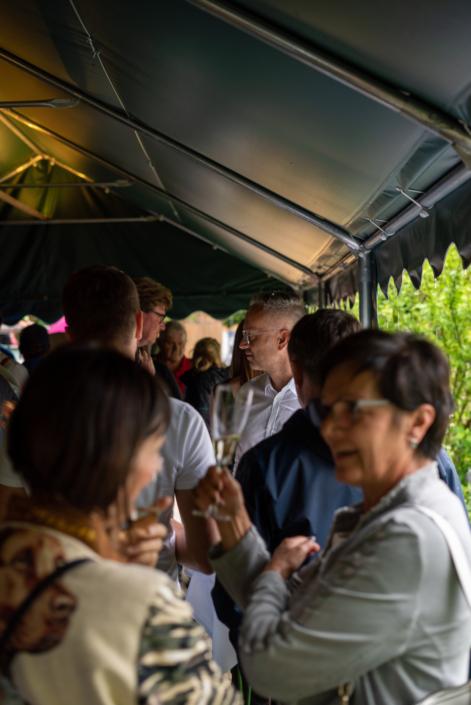 Gäste beim Empfang